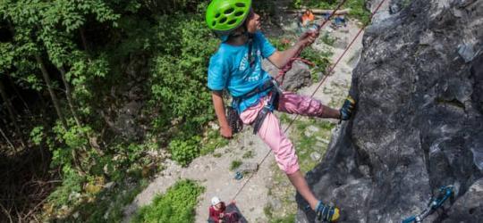 sicheres Klettern, mit Seil von oben